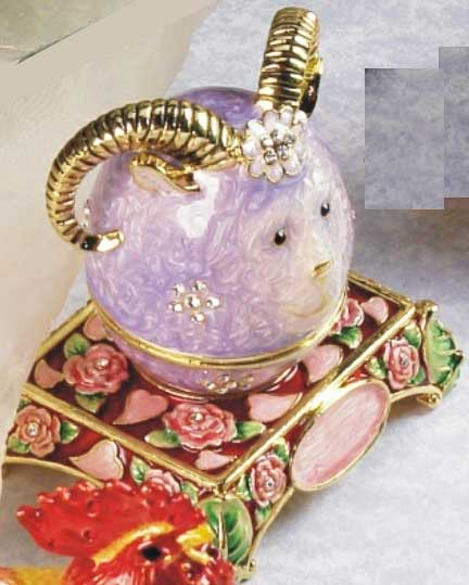 шкатулка ювелирная «Козёл» ornament box «Goat». Double Win Co